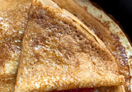 Crispy Breton Crêpes with Oranges and Spices