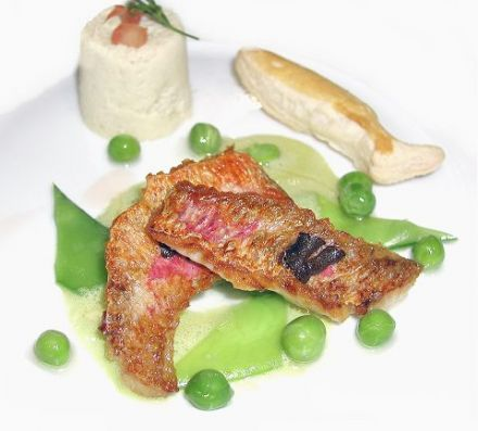 Red Mullet Fillets with Snow Peas