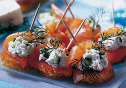 Smoked Salmon Toasts with 0% Fromage Frais