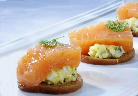 Norwegian Salmon Toasts with Cauliflower and Capers