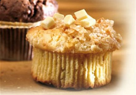 Muffins with white chocolate chunks