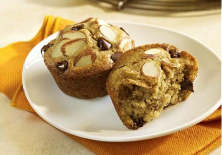 Double almond breakfast muffins