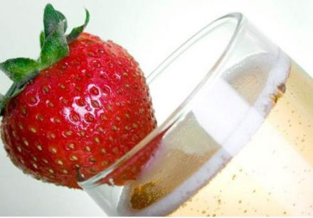 Champagne and Strawberry for Valentine's Day