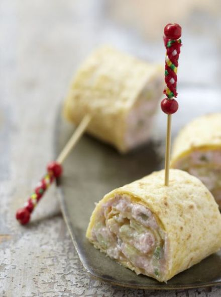 Pink and Green Wraps with Fresh Cheese 1