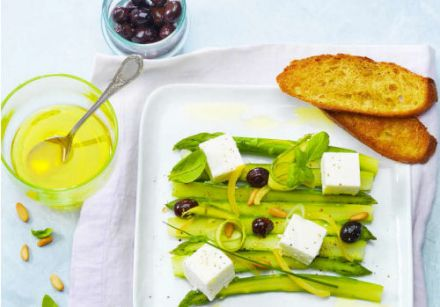 Asparagus, Olives and Lemon with Carré Frais 0% and Herbs 1